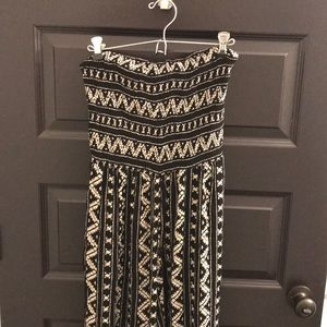 Urban outfitters BRAND NEW pantsuit size medium